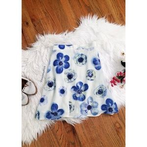 🌿 Vtg 90's • High Waisted Spring Floral Skirt 🌿